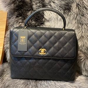 Chanel Jumbo Kelly Flap Bag!!
